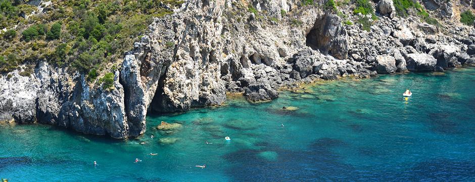 Paleokastritsa di Corfu